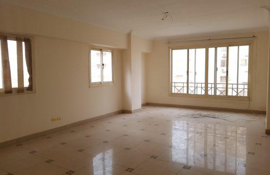 شقة للبيع في زهراء المعادي الشطر السادس 175م سوبر لوكس بحري