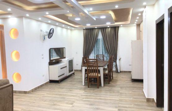شقق للبيع / شقة للبيع 208م تشطيب وفرش راقي في 6 اكتوبر مقابل مول العرب