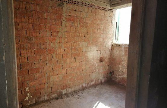 شقة للبيع 185م نصف في تشطيب بيتشو الحي الايطالي قرب المدرسة البريطانية